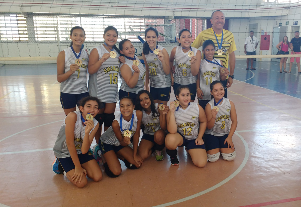 Voleibol do Amadeus é Campeão Infantil Feminino