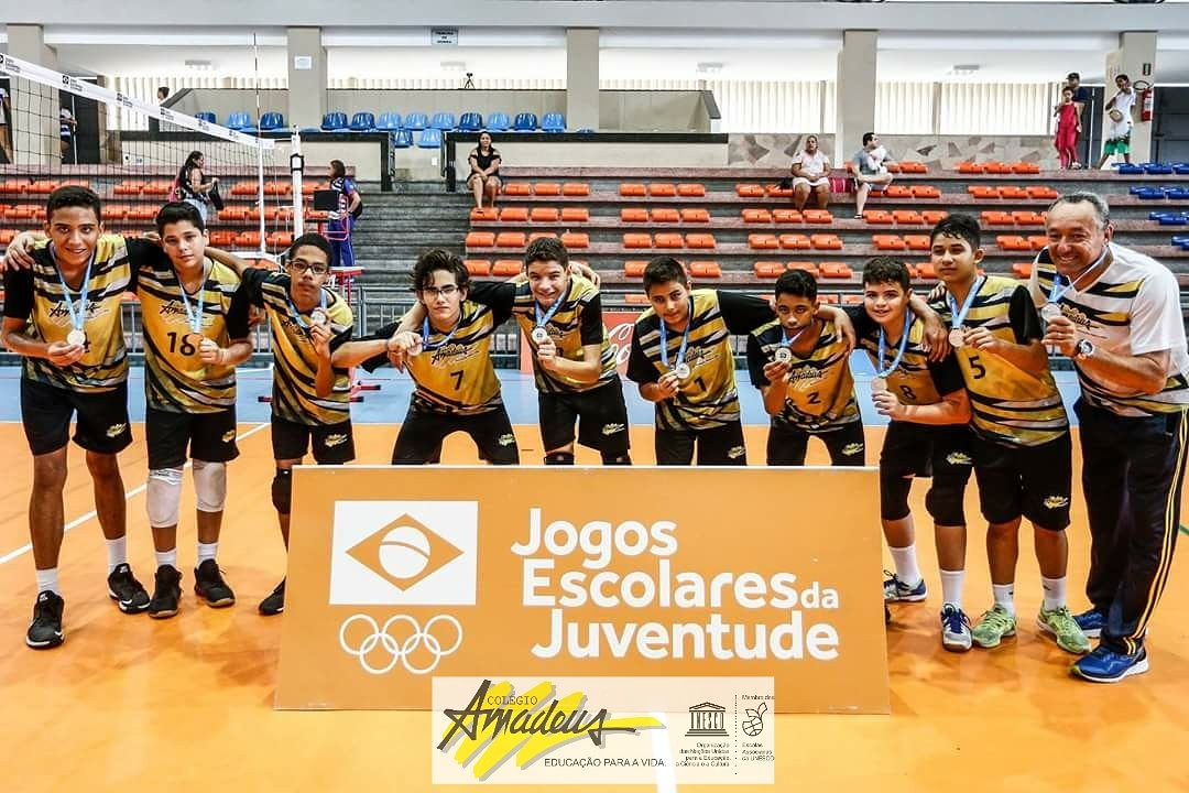 Voleibol do Amadeus se classifica para a Etapa Nacional!